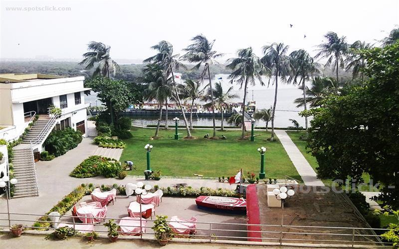 Beach Luxury Hotel Image