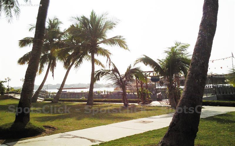 Gallery of Beach Luxury Hotel
