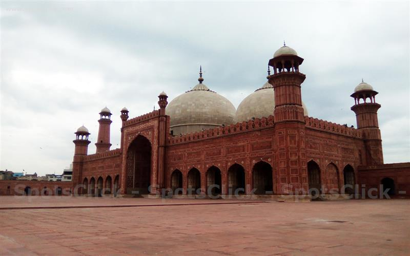 Photo of Badshahi Masjid