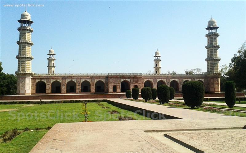 Photo of Jahangir Tomb
