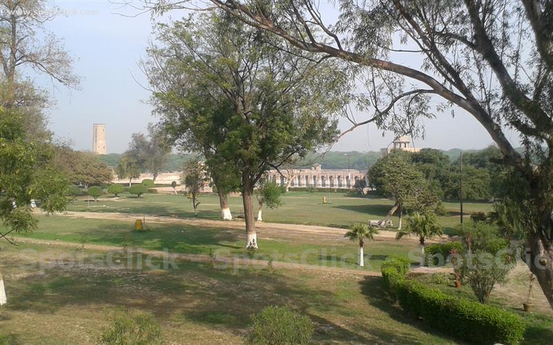 Gallery of Hiran Minar