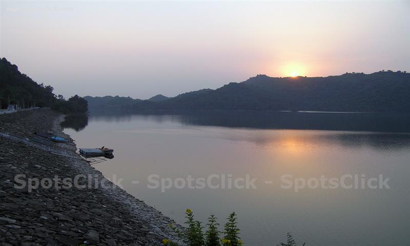 Simly Dam Image