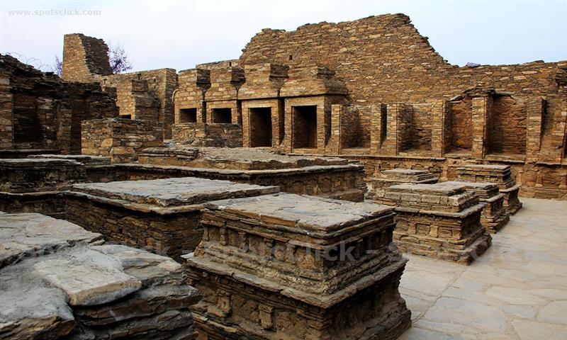 Gallery of Takht-i-Bahi