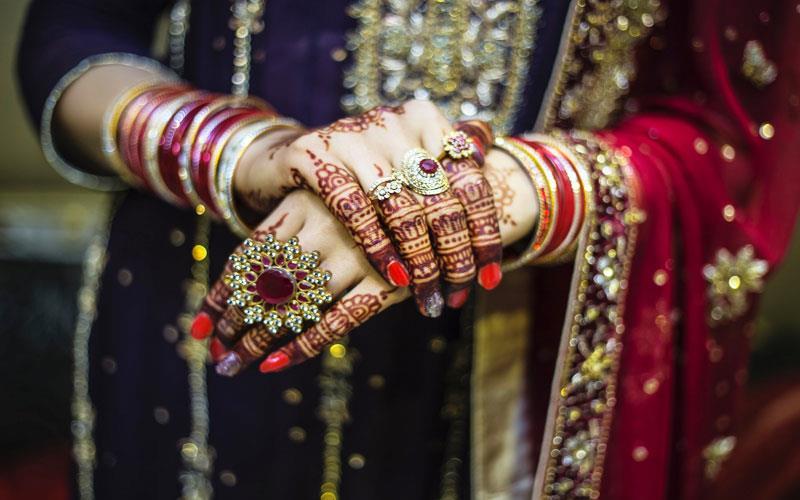 wedding-beauty-parlour-karachi.jpg
