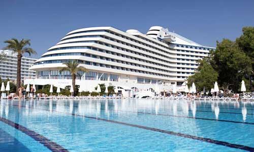 titanic-beach-lara.jpg
