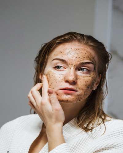 best-scrub-for-oily-skin.jpg
